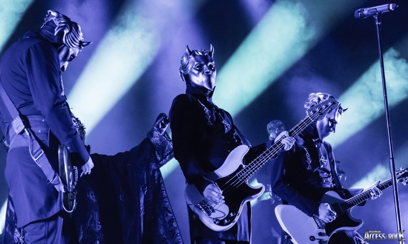 Blabbermouth.net GHOST's Nameless Ghoul – Bands Need Record Companies In Order To 'Break Through The Clutter'