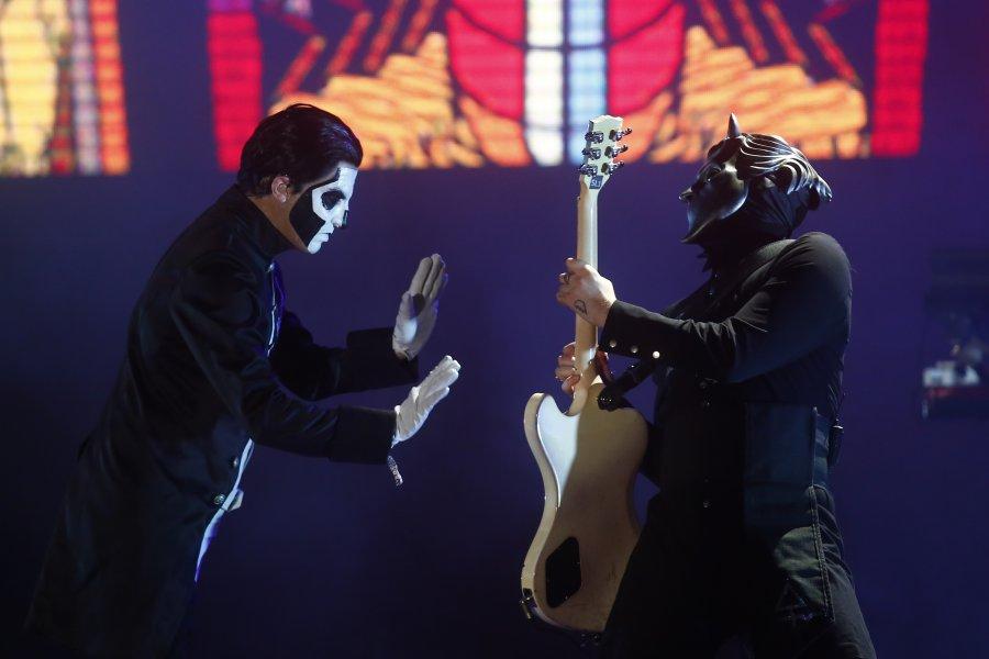 Chilean Radio Station Futuro 88.9 FM Interviews Ghost