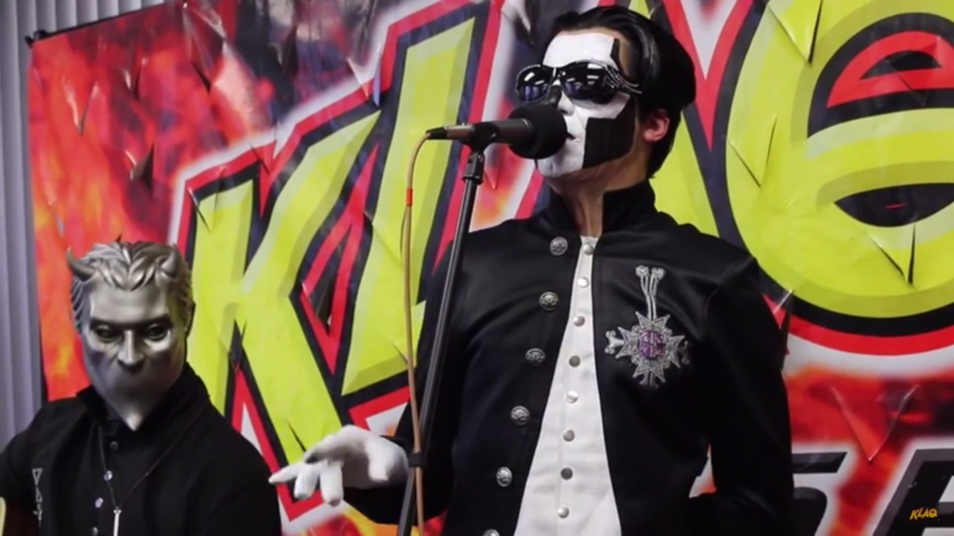 "Ghost Performs 'Jigolo Har Megiddo"" On El Paso Radio Station"