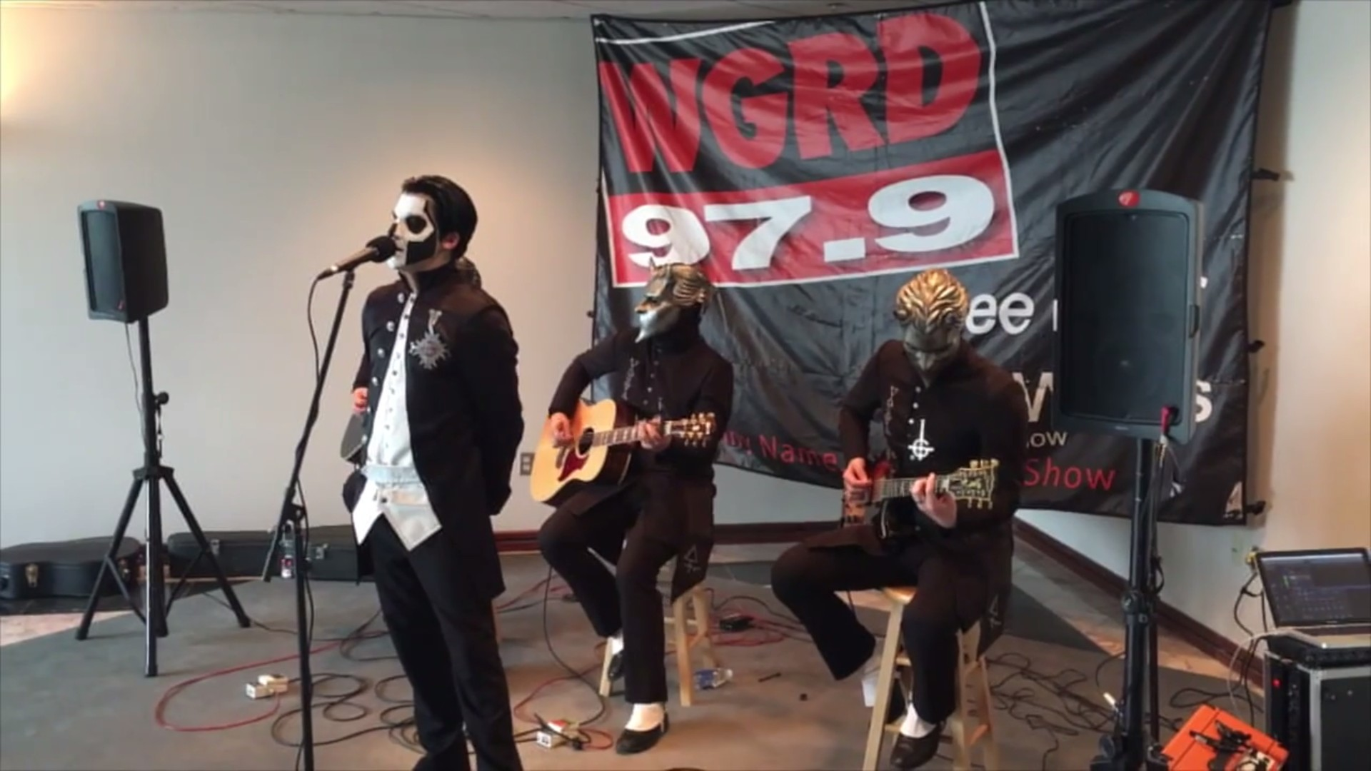 Ghost Performs 'Cirice', 'Jigolo Har Megiddo', And 'If You Have Ghosts' (Acoustic) At Grand Rapids Rock Station
