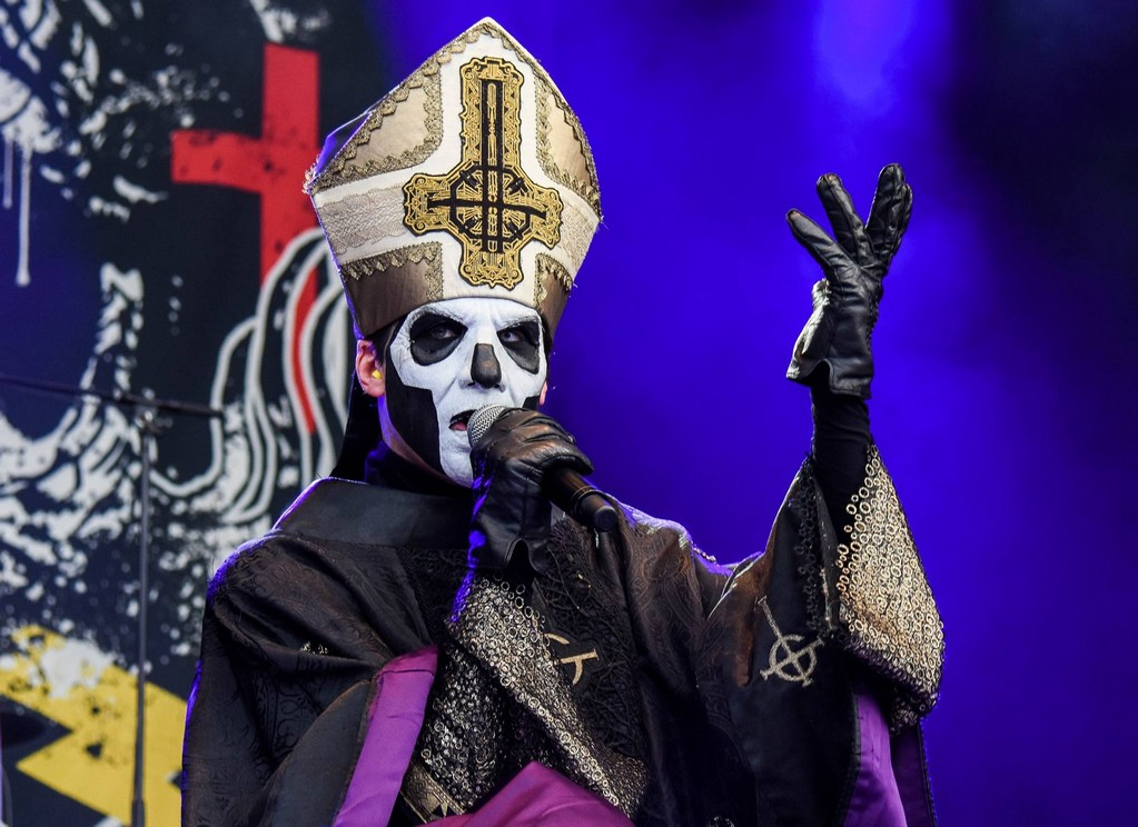 Live Pictures Of Papa With Candlemass At Gefle Metal Festival